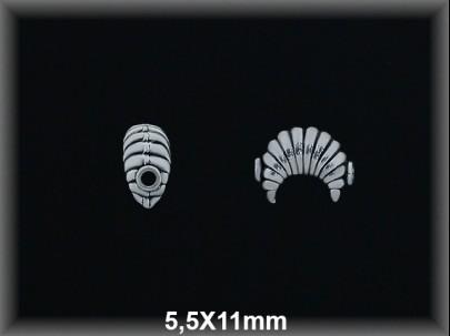 Entrepieza plata  oxido luna rayada 5.5 x 11 mm